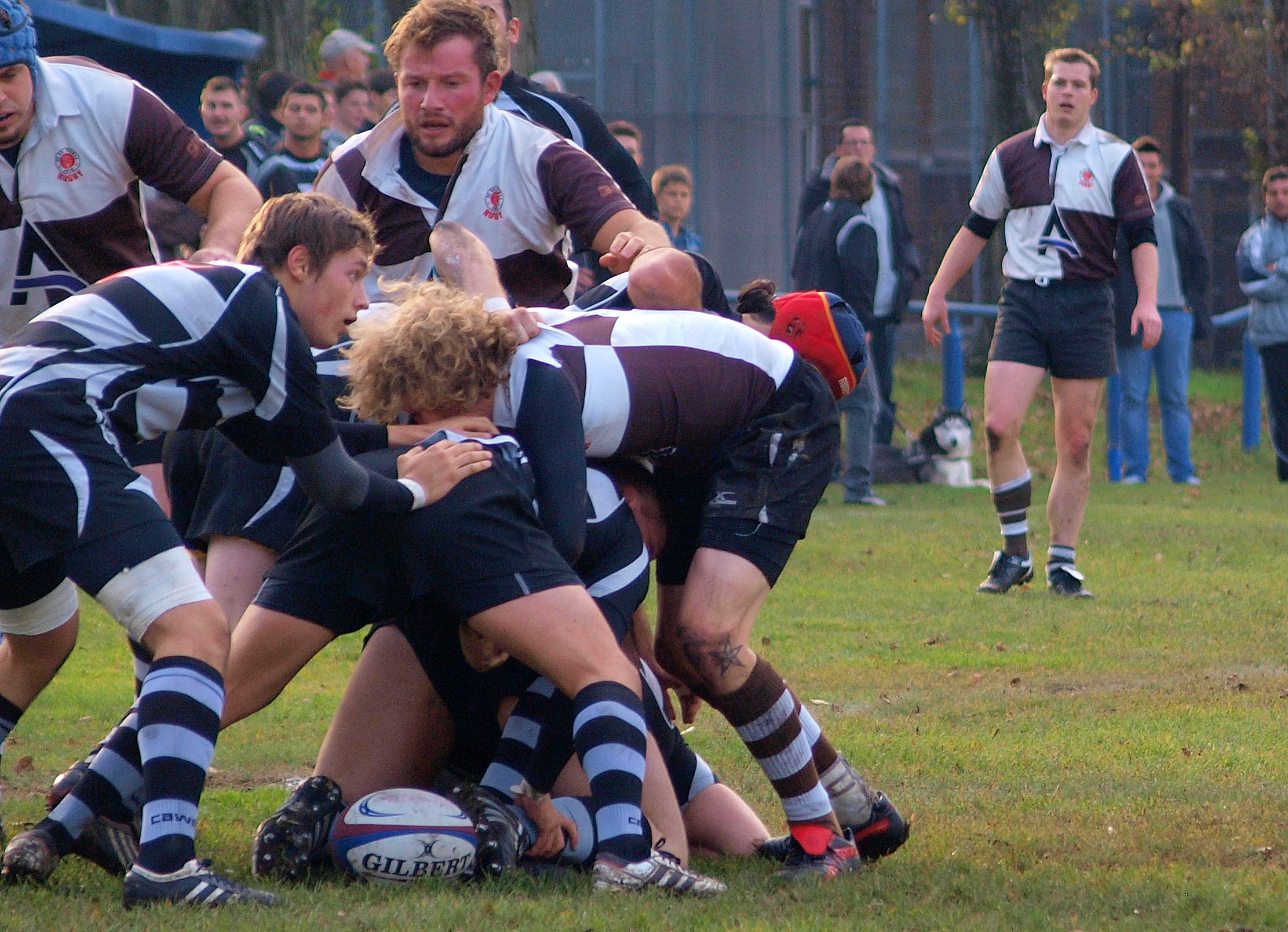 Rugby Club St. Pauli (brown/white)