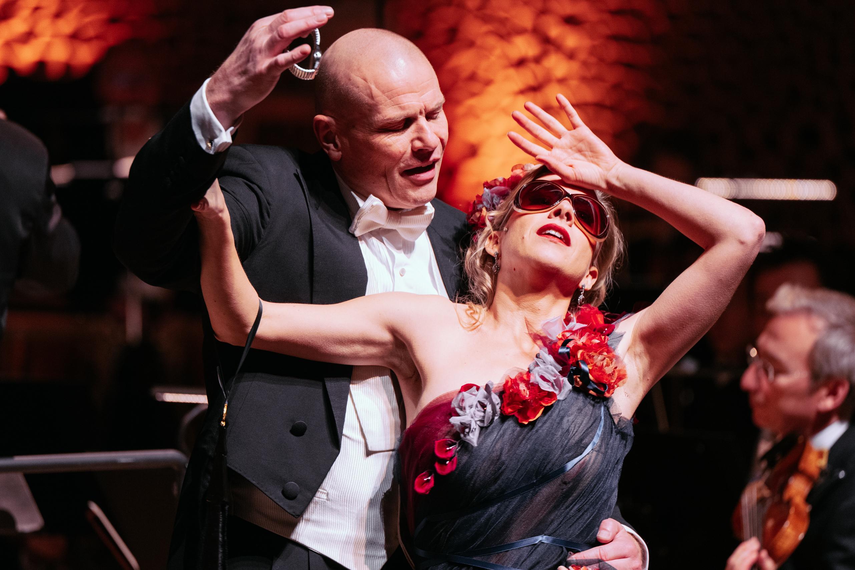 Bo Skovhus (Gabriel von Eisenstein) / Astrid Kessler (Rosalinde)