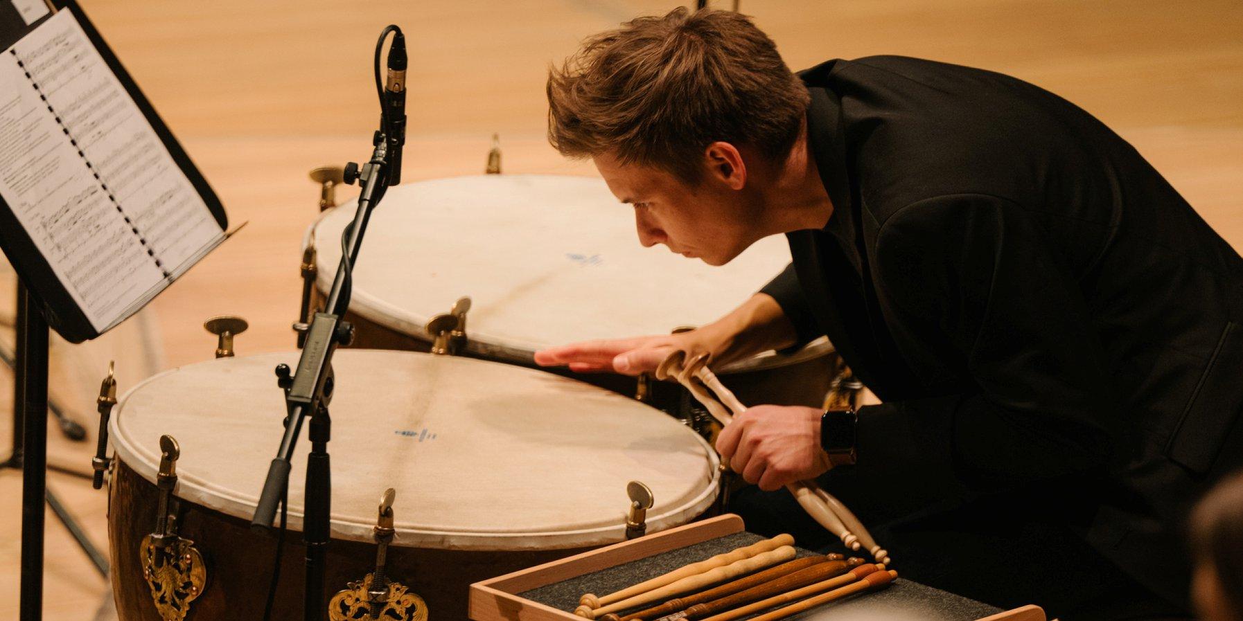 Paukist des Balthasar-Neumann-Ensembles