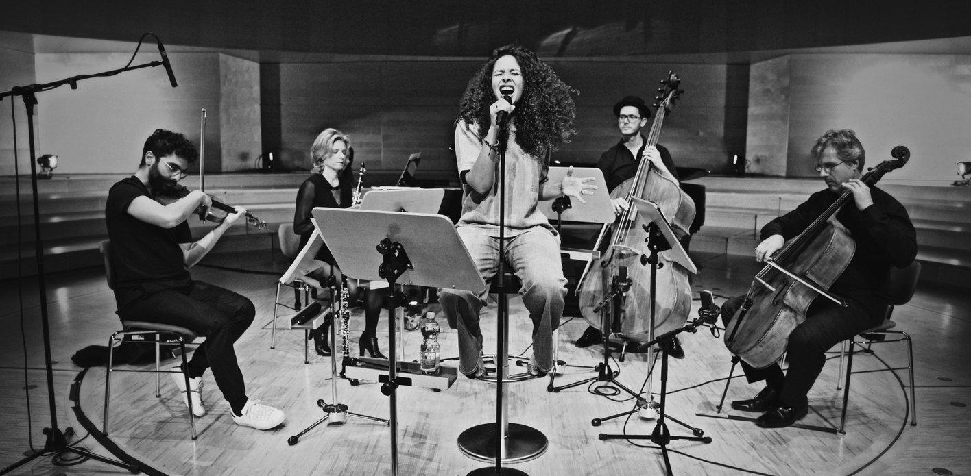 Joy Denalane / Takeover! Ensemble