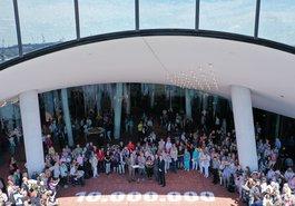 10-millionste Besucherin der Plaza