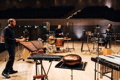 Elphi at Home: Elbtonal Percussion