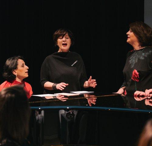 Nina Sarita Balthasar / Solveig Krebs  / Anja Topf /Nukri Kapanadze /  Keti Klimiashvili / Nino Guliashvili / Nino Tskitishvili / Nino Haratischwili / Julia B. Nowikowa