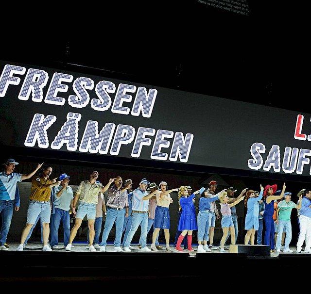 »Aufstieg und Fall der Stadt Mahagonny« an der Oper Zürich 2017