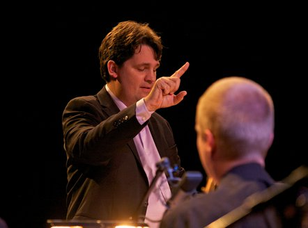 Joerg Achim Keller mit NDR Bigband