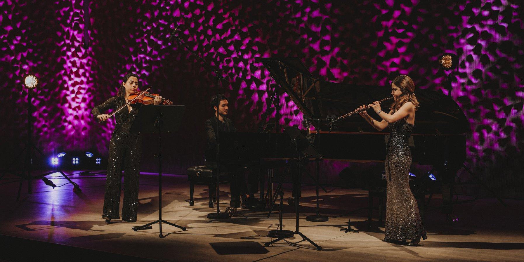 Cristina Gómez Godoy, Sara Ferrández, Mario Häring