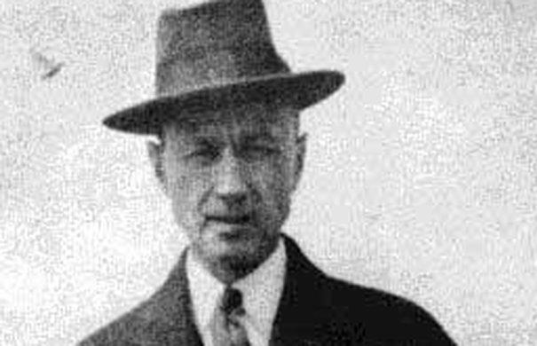 Charles Ives (1913)