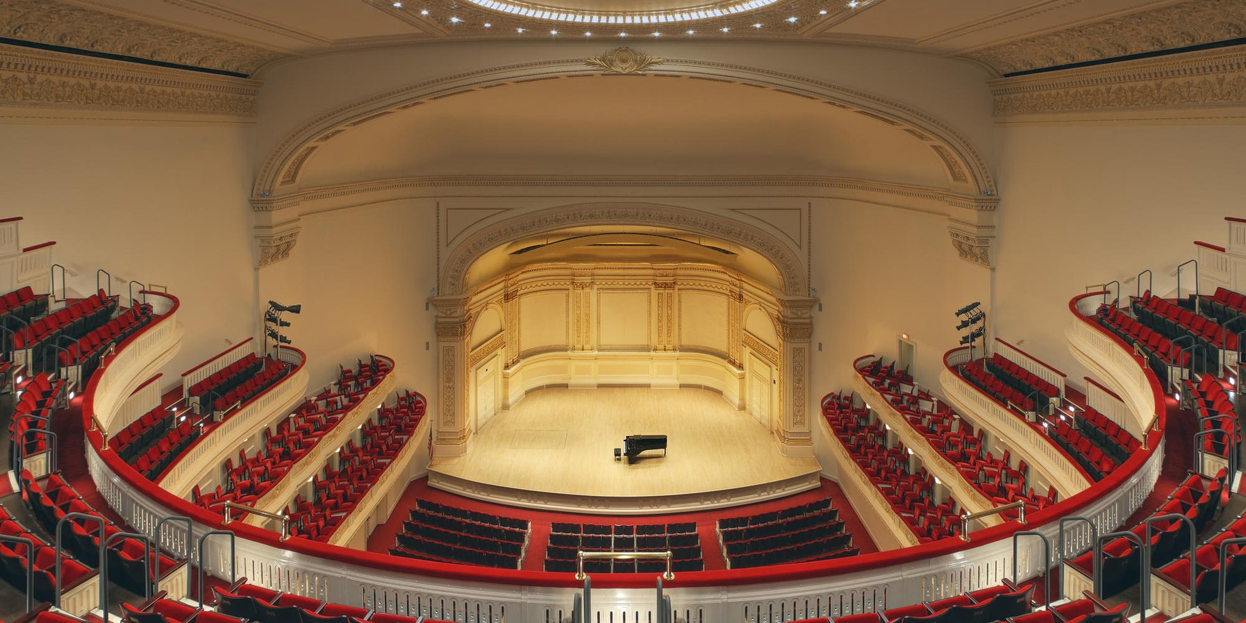 Isaac Stern Auditorium Ronald / O. Perelman Stage