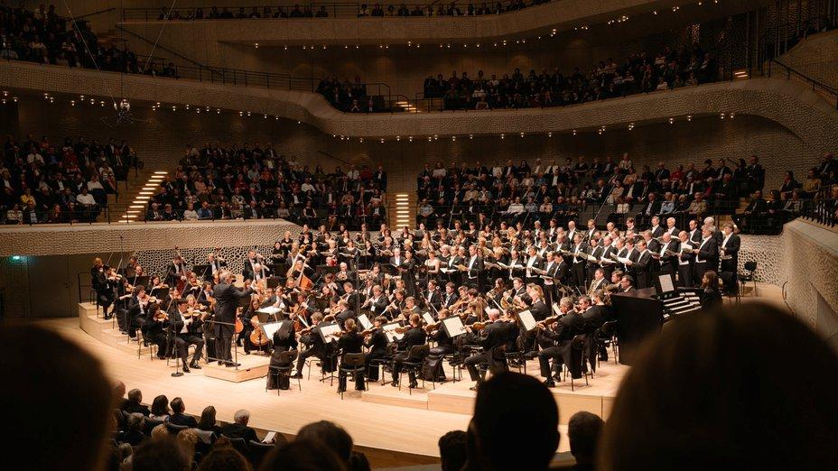 Beethovens »Missa solemnis« in der Elbphilharmonie 2018 (NDR Elbphilharmonie Orchester/Thomas Hengelbrock)