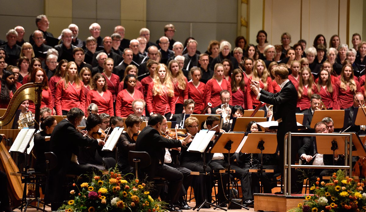 Konzertchor Hamburg / Mike Steurenthaler