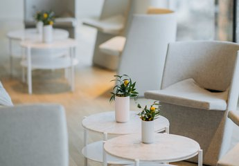 Circle Lounge