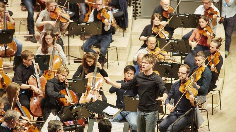 NDR Elbphilharmonie Orchester / Krzysztof Urbański