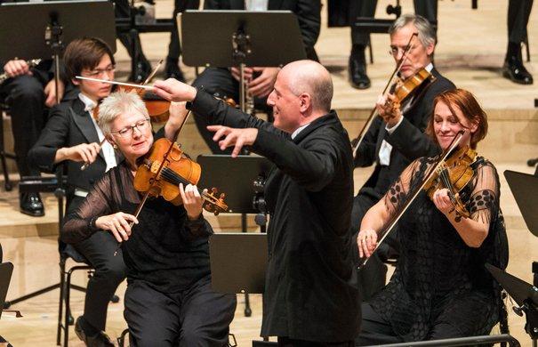 Die Deutsche Kammerphilharmonie Bremen / Paavo Järvi