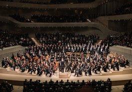 Daniel Barenboim / Staatskapelle Berlin / Chor der Staatsoper Unter den Linden Berlin
