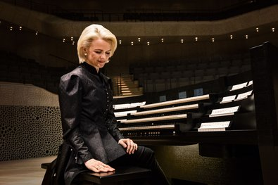 Iveta Apkalna: First Organ CD Recorded at the Elbphilharmonie