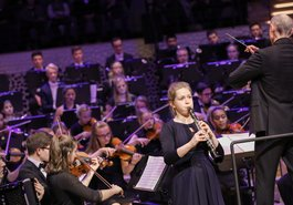 Laura Jäger / Felix Mendelssohn Jugend-sinfonieorchester