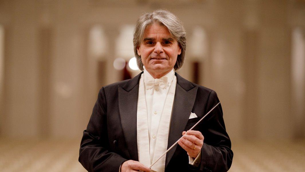 Symphoniker Hamburg / Ion Marin