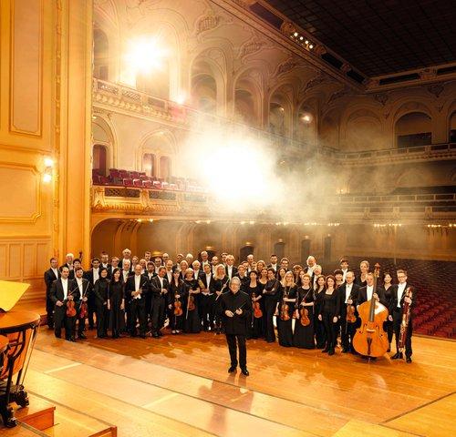 Symphoniker Hamburg / Sylvain Cambreling