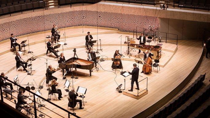 Alan Gilbert / NDR Elbphilharmonie Orchester
