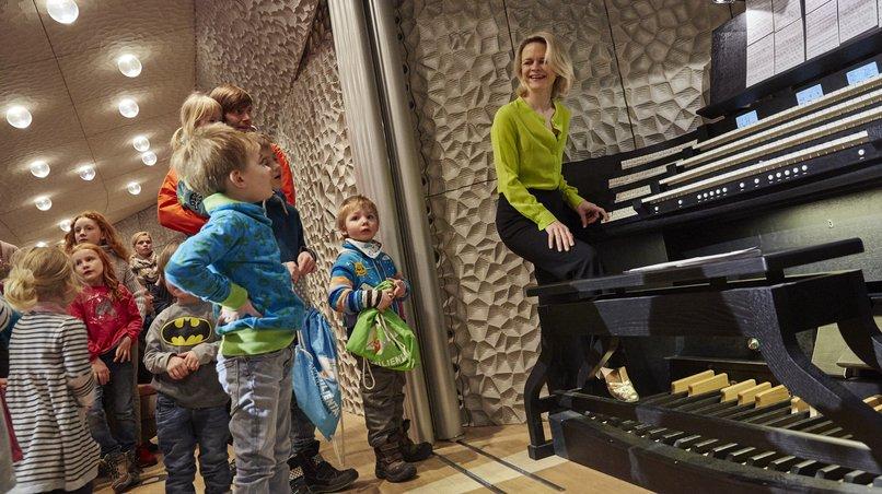 Orgel der Elbphilharmonie / Iveta Apkalna