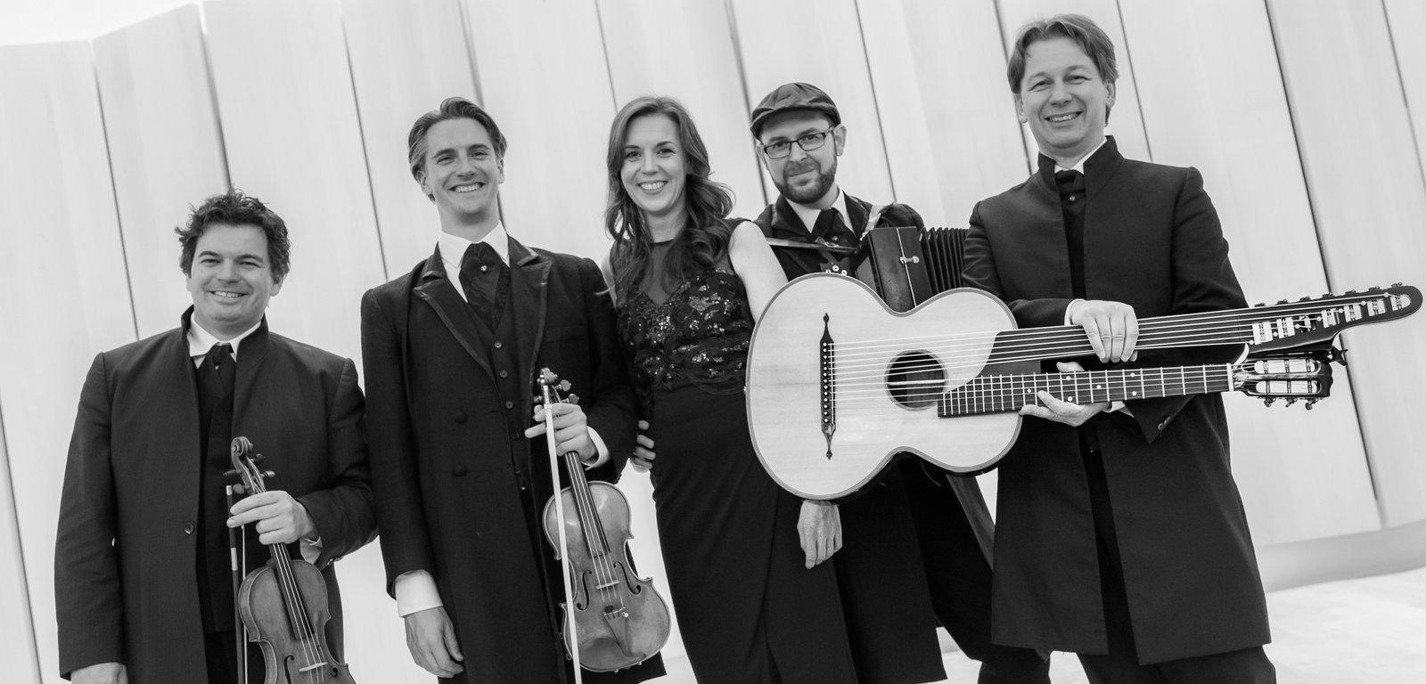 Neue Wiener Concert Schrammeln / Maria Stippich